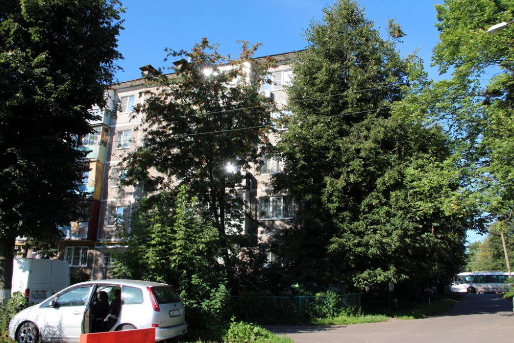 Продам 3-х комнатную квартиру в домодедовский го, мкр белые столбы, ул авенариуса, д2 5/5 панельного дома